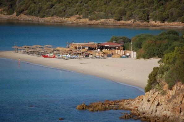 Teulada, Tuerredda, chiosco e stabilimento balneare