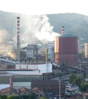 Piombino, impianti industriali