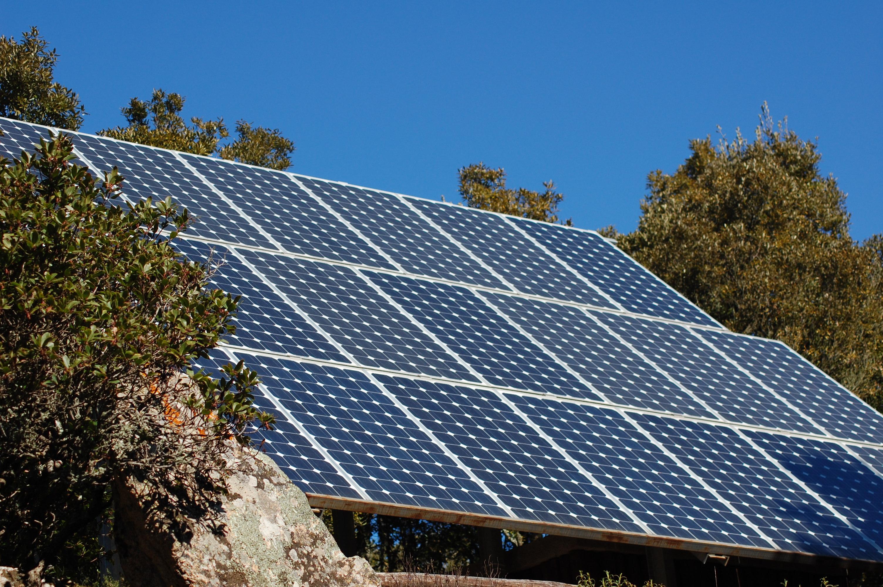 Aria Nel Pannello Solare : Ancora in crescita la produzione energetica da fonte