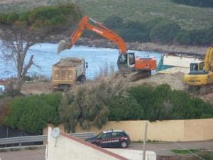 Carloforte, La Caletta, cantiere dell'eco-mostro