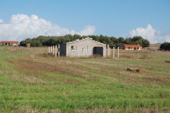 Cabras, Sinis, edificazione nell'agro
