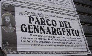 arco del Gennargentu, manifesto listato a lutto
