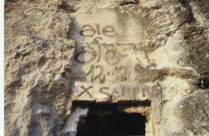 Cagliari, Tuvixeddu, atti di vandalismo su tombe puniche