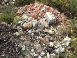 Carloforte, Gasparro, scarico incontrollato di rifiuti vari (2012)
