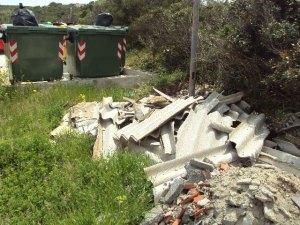 Carloforte, scarico incontrollato di cemento-amianto