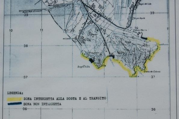 Cagliari, litorale interdetto (come si può vedere, il sentiero naturalistico e archeologico della Sella del Diavolo è fuori!)