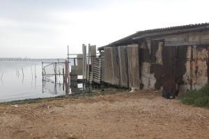Cagliari, S. Gilla, presenza di baracche in metallo, legname ed eternit