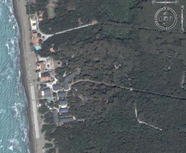 """Castagneto Carducci, Donoratico, il """"Canado Club"""", dopo la """"ristrutturazione"""" (da Google Maps)"""