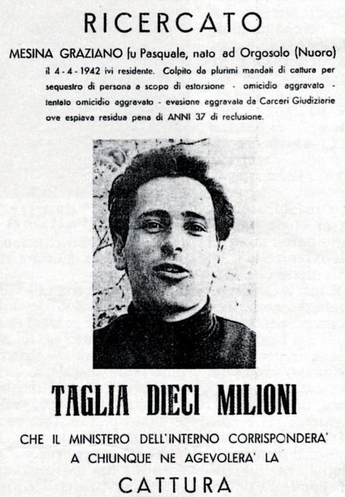 manifesto relativo alla taglia su Graziano Mesina (foto Antonello Zappadu/Lapresse)