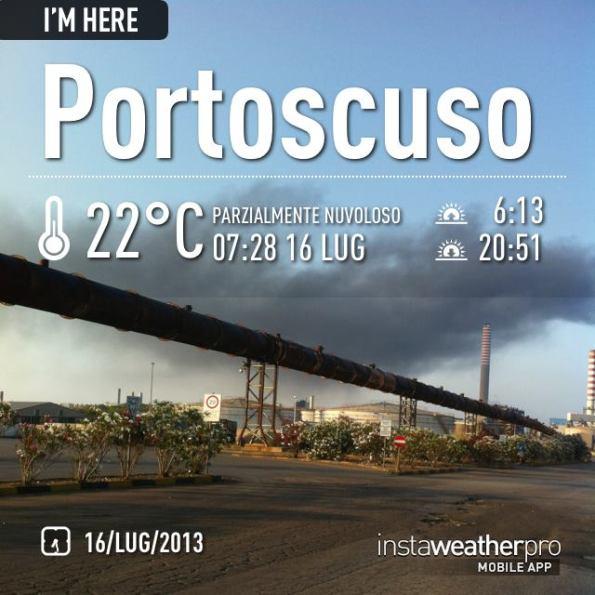 Portoscuso, nube nera dagli impianti della Portovesme s.r.l. (16 luglio 2013)