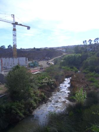Olbia, cantiere edilizio, prospiciente il Rio Bados (2006)