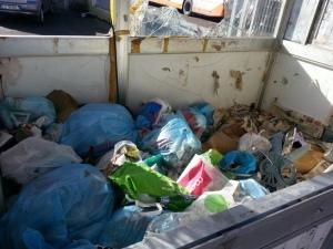 Cagliari, parcheggio Viale La Plaja, rifiuti