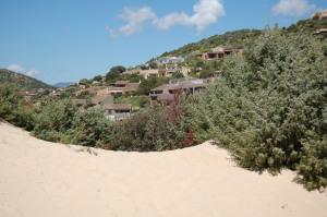 Domus de Maria, Chia, complesso edilizio a ridosso delle dune