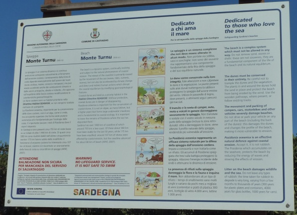 Castiadas, spiaggia di Monte Turnu, cartello di sensibilizzazione