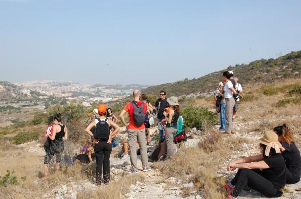Cagliari, Sella del Diavolo, gruppo di escursionisti nelle Giornate europee del Patrimonio 2014