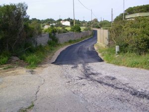 Carloforte, lavori di asfaltatura in loc. Sabino (aprile 2015)