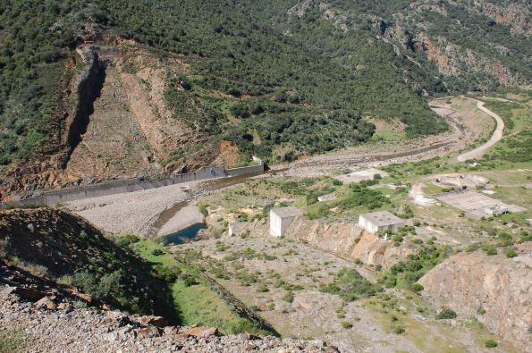 cantiere dimesso della diga di Monte Nieddu-Is Canargius