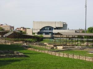 Montegrotto Terme, Palazzo del Turismo, a ridosso dell'area archeologica