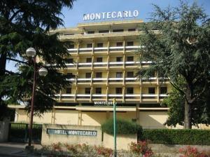 Montegrotto Terme, Hotel Montecarlo (sempre a ridosso dell'area archeologica) chiuso