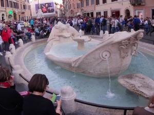 Roma, Piazza di Spagna, La Barcaccia