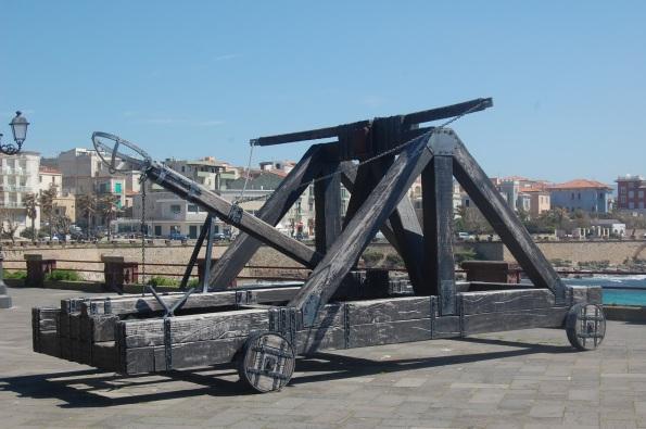 Alghero, catapulta sui Bastioni