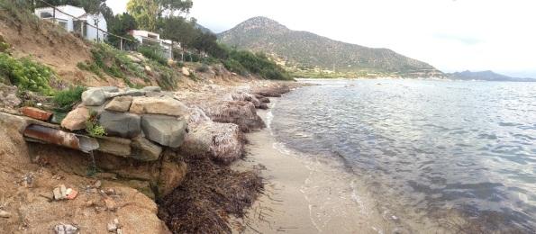 Villasimius, Capo Boi, scarico a mare (agosto 2015)