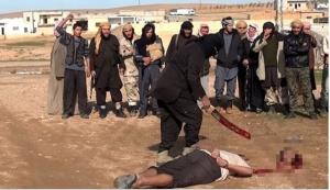 Palmira, esecuzione da parte dell'I.S.I.S. (maggio 2015, foto da shoebat.com)