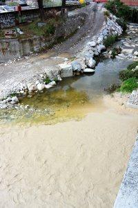 Carrara, confluenza fra il Fiume Carrione e il Torrente Gragnana (4 ottobre 2015)