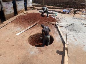Uganda, Kibiri, pozzo