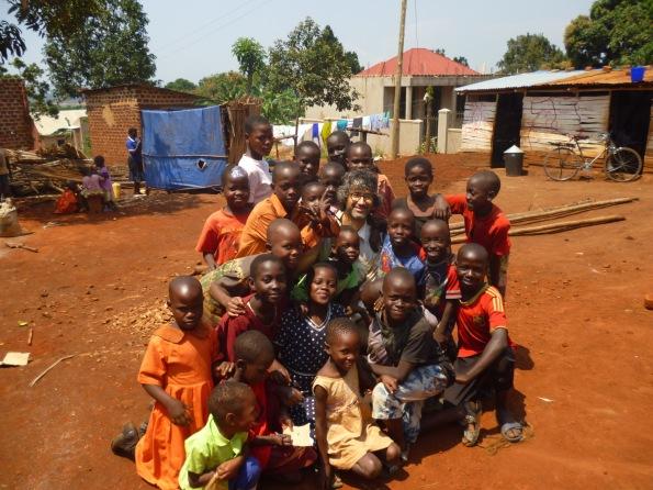 Uganda, Kibiri, bambini e Roberto Schirru