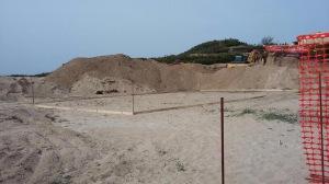 Badesi, cantiere edile sulle dune (aprile 2016)