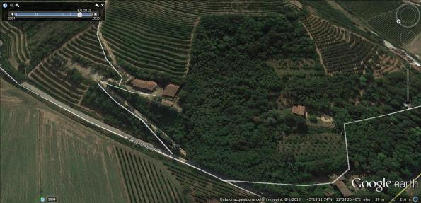 Vò Euganeo, Via Monte Versa (da Google Earth, 2013)