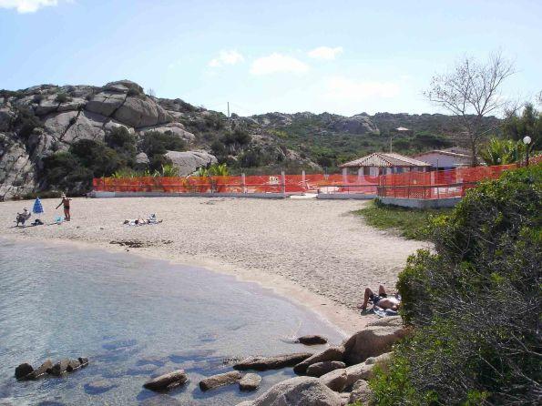 La Maddalena, spiaggia di Spalmatore, cantiere edilizio (10 ottobre 2016)