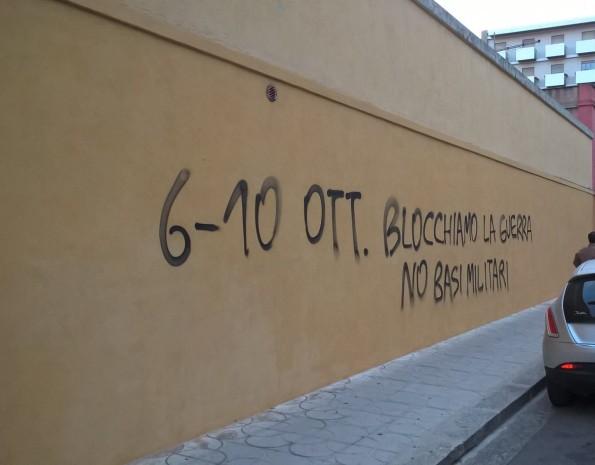 Cagliari, scritta murale sull'ExMà