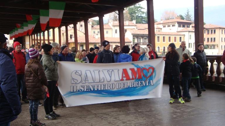Cassano del Grappa, manifestazione per la difesa delle sponde del Brenta (4 dicembre 2016)