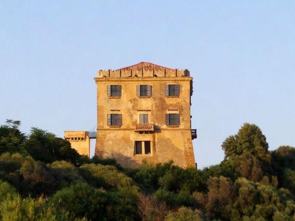 Crotone, Torre di Punta Scifo