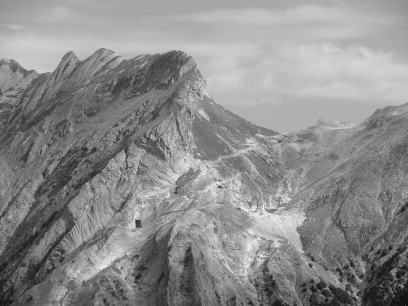 Alpi Apuane, Massa, panoramica fra Padulello e Focolaccia