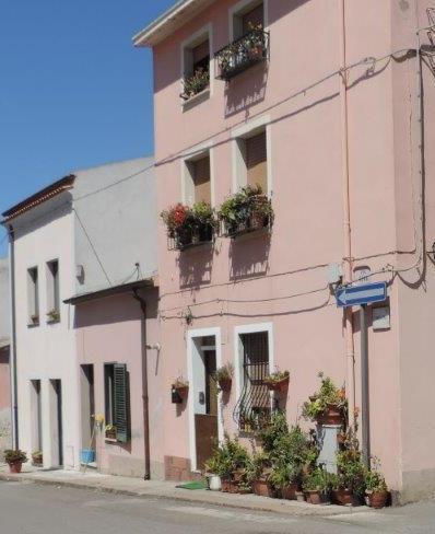 Ploaghe canna fumaria rit. Via Roma 177 - Via Roma 179 ( Lato Via Sarra )