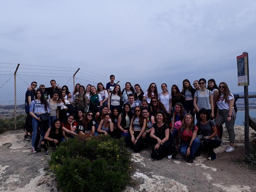 il Liceo Eleonora d'Arborea sulla Sella del Diavolo (apr. 2018) - Copia
